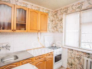Apartament cu 2 camere, str. N. Zelinski, Botanica