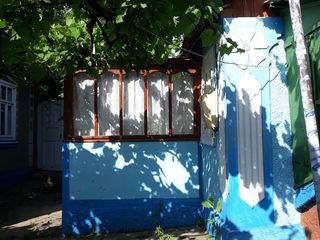Se vinde casă, raionul Șoldănești! Se află în apropiere de mănăstirea Cușelăuca