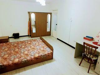 Apartment cu o odae, mobila, tehnica, conditioner in centru or. Ialoveni str. D.Sihastru. 23000 euro
