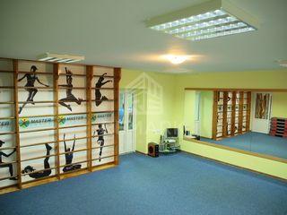 Vânzare, spațiu comercial, botanica, 65 mp, preț negociabil!!