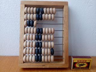 деревянные счеты-первый калькулятор