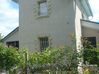 2-х этажный дом-дача, за селом Максимовка