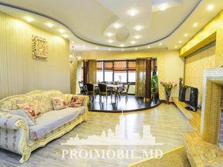 Chirie, Centru, Grand Hall, 3 camere+living, 1050 euro!