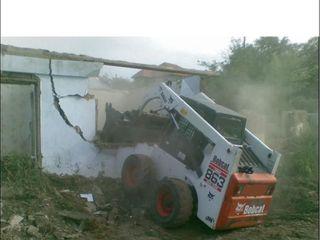 Prestam servicii cu miniexcavator
