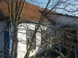 30 соток. Дом в центре Терновки.