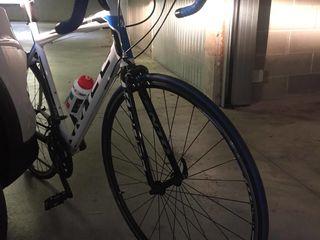 Bicicleta Kross , adusa din Italia , a stat in garaj , ca si noua
