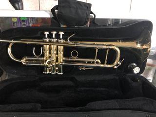 Trompeta Mercury, Saxofon soprano/alto/tenor Clarinet Buffet Crampon B12