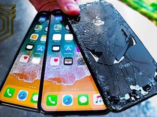 Разбилось стекло. Не беда ! Меняем и переднее и заднее стекло на моделях iPhone и Samsung !