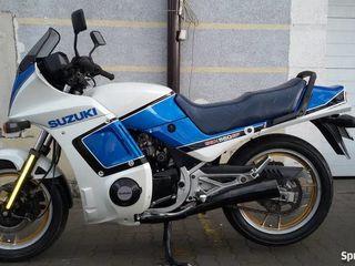 Suzuki gsx550ef
