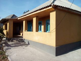 Продаётся дом с участком в с.Колоница