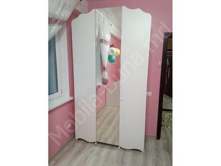 Mobila pentru copii dulapuri mese de scris in Chisinau, Moldova
