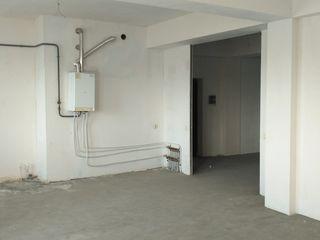 Новострой 134 кв.м. белый вариант, с подземной парковкой в центре