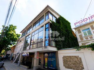 Chirie sp. comercial, prima linie, euroreparație, Centru, 399 € !