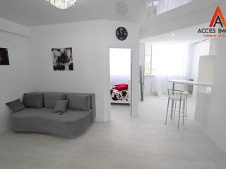 Chirie! Centru, str. V. Alecsandri/str. Romană, 1 odaie, 40 m2, Euroreparație!