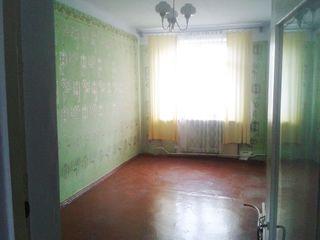 Se vinde apartamen in Orhei (3 camere)*