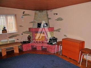 Afacere Activă! Saună! Ialoveni, Centru, 2 nivele, 105 m2!