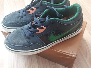 Nike /SB toamna primavara in stare buna ,original marimea 38,5