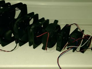 Вентиляторы для любых устройств,ventilatoare diferite