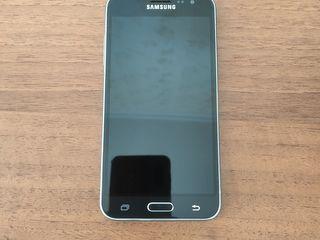 Хороший Samsung J3