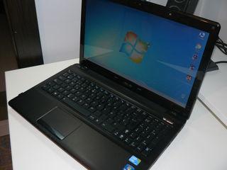 ASUS K52J i3 M380/8GB DDR3/SSD 120GB + HDD 320GB