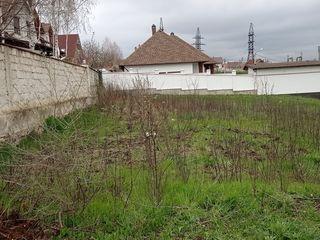 Продается земельный участок 6 сот под строительство