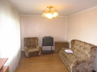 2-ух комн. квартира 53кв.м. на 7-ом этаже в центре Кишинева по ул. Измаил 98