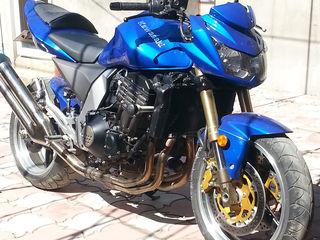 Kawasaki Z1000    06