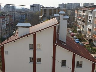 Старая Почта,ул. Кукорилор, котелец,середина, 2 террасы.Автономка. 36800 евро.