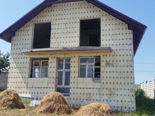 Гидигич Двухэтажный дом 170кв.м + 9 соток 45000 евро