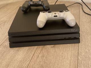 Sony Playstation 4 Pro 1TB + аккаунт