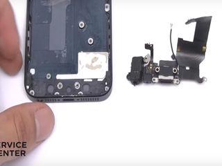 Iphone 5/5s  Nu se încarcă smartphone-ul? Înlocuiți conectorul!