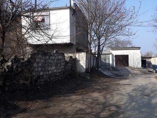 3 уровневый гараж,угловой выход на дорогу Жилье-Бизнес