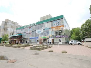 Spatiu comercial - 135 m2, Cuza Voda intersectie cu Independentii