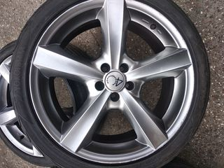 R 18  ,5-100  .Toyota Prius