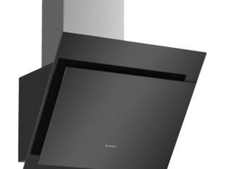 Кухонная вытяжка Bosch DWK67CM60 Настенный/ Черный