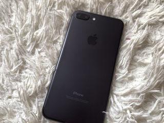 Vand iPhone 7 Plus  perfect , fără defecte ! Full complect
