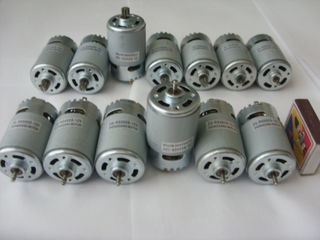 Моторы высокоскоростные    на   12v      150 лей  один