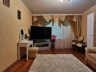 Apartament in centru 55m2, cu 2 camere