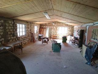 Продается цех деревообрабатывающий со всеми станками в селе Василеуцы Рышканский район.