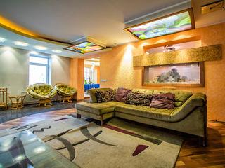 Ofertă Interesantă! 4 camere - 200mp!  Interior Superb! Ultracentral!