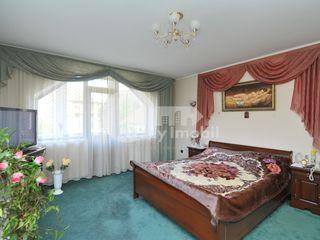 Casa cu 4 nivele, bazin, sauna, Centru, 450 mp, 299000 € !