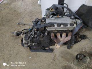 двигатель1.6 бензин и коробка (автомат) от Хонды Сивик 1998 года