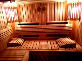 Villa gray - sauna Finlandeza (electrica uscata/infrarosu). Bazin. Jacuzzi. 500 lei ora.