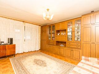 Vînzare apartament cu 4 odăi 87 m2, Ciocana str. Milescu Spătaru