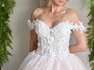 Продаю эксклюзивные свадебные платья