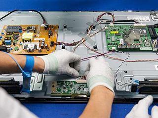 Repararea televizoarelor, înlocuirea iluminării cu garanție.Service Centru Oficial, Certificat