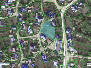 Продается 16 соток земли, в центре с. Рошкань Страшенского р-она