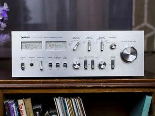 Amplificatoare: Yamaha, Dual, Onkyo! Deck Sony! CD player Pioneer. Boxe Yamaha, Micrоlab, Creative!