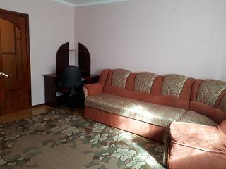 Продается просторная и уютная квартира в г. Рыбница , ул. Вальченко 49 (2 этаж)