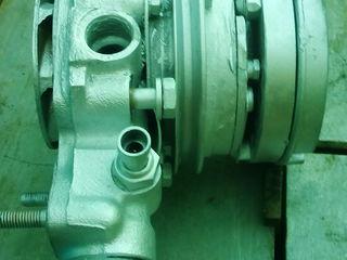Водяная помпа с гидромуфтой от Ивеко Дейли 2,5 или 2,8.И 4 форсунки.Б.У.
